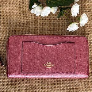 Coach Accordion Zip Wallet Antique Blush Gold